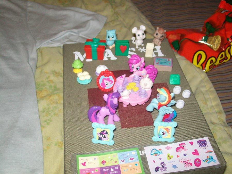 My Little Pony Advent Calendar Contents By Rockrage8962 On Deviantart