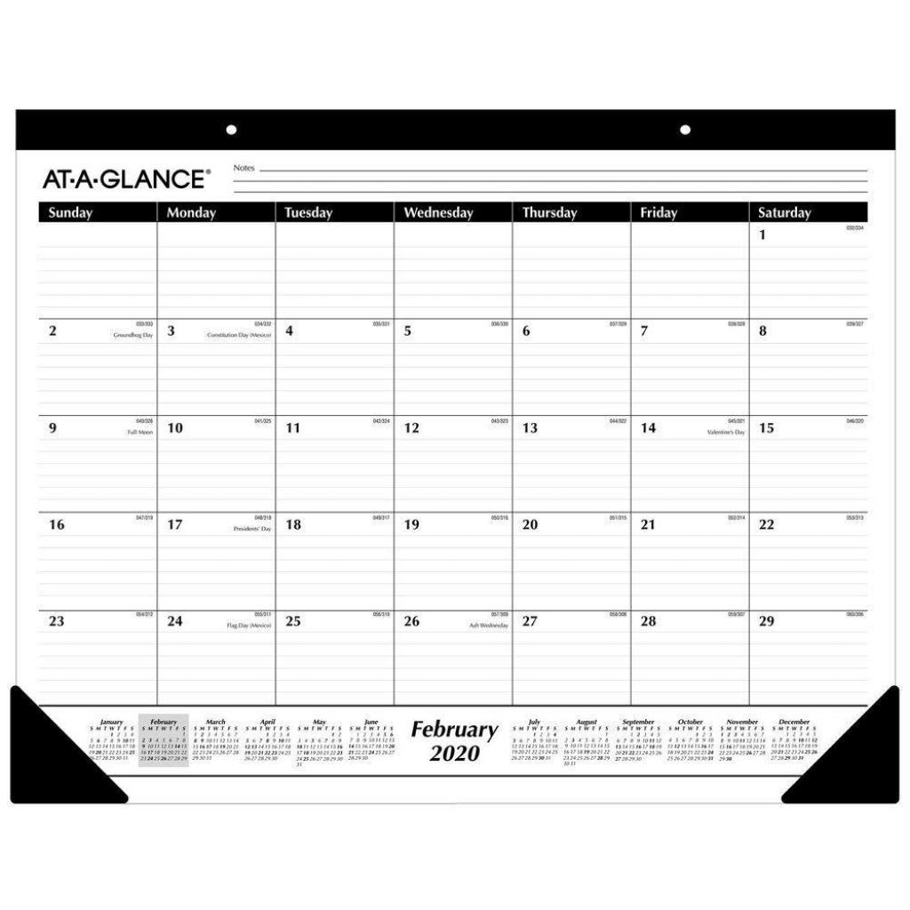 at a glance 2020 desk calendar desk pad 21 34 x 17 standard ruled blocks sk2400 year round planning desk pad covers 12 months from january at a glance desk calendar 2020
