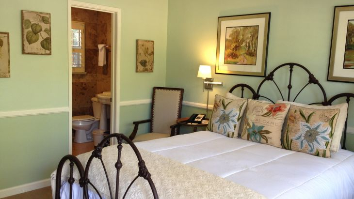 California Wine Country Accommodations San Luis Obispo Rooms