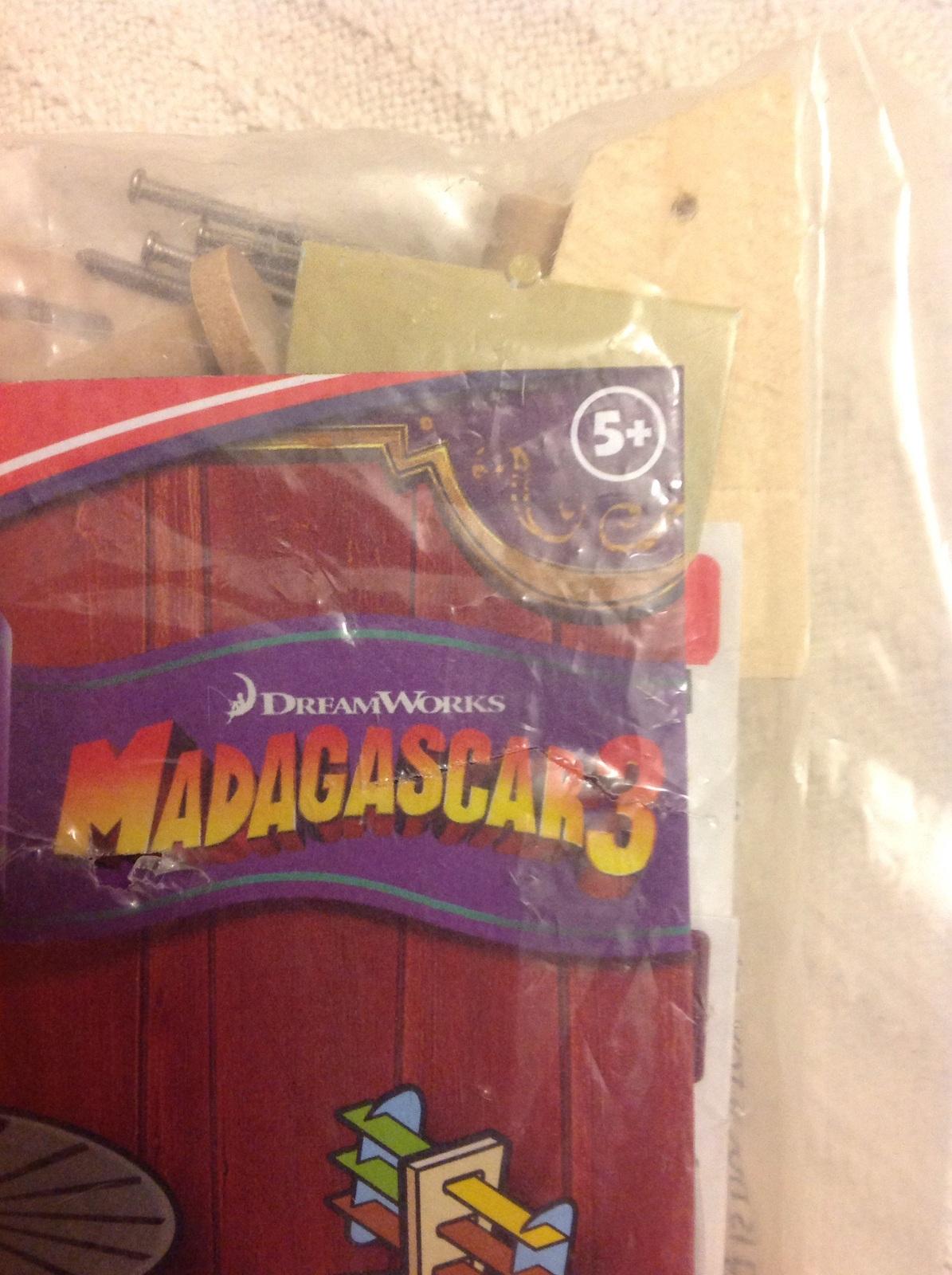 Lowes Build And Grow Madagascar 3 Monkey Powered Plane